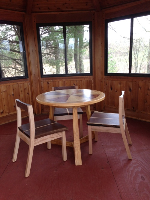gazebo table & chairs
